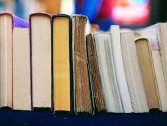 पुस्तकें मन बहलाती